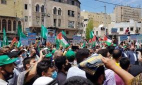 أردنيون يطالبون بطرد السفير الاسرائيلي ردا على عدوان القدس