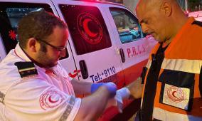 14 إصابة خلال مواجهات مع الاحتلال في الشيخ جراح وباب العامود