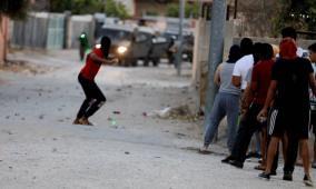 إصابات في مواجهات مع الاحتلال بالضفة والقدس