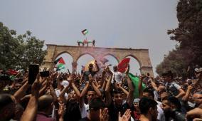 """الاحتلال يصادق على """"مسيرة الأعلام"""" بالقدس واستعدادات لتجدد التصعيد"""