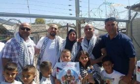 الافراج عن 3 أشقاء من الخليل بعد قضاء 5 سنوات في سجون الاحتلال