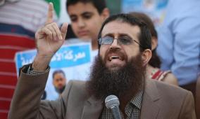 الأسير خضر عدنان يعلّق إضرابه مقابل الإفراج عنه الإثنين المقبل
