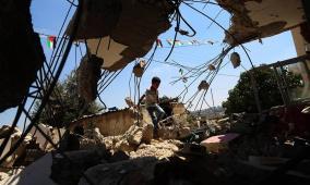 كوبر: الإحتلال  هدم منزل الأسير عمر العبد