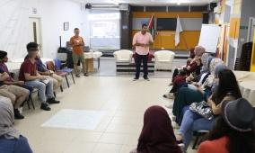 """منتدى شارك الشبابي وصندوق الامم المتحدة للسكان يطلقان فعاليات مبادرة """"كان ياما كان"""" بمشاركة 25 شاب وشابة"""