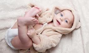 في أي سنّ تنجب المرأة طفلاً جميلاً؟