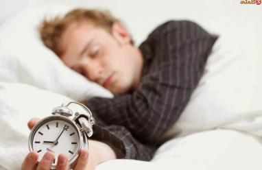 دراسة حديثه:النوم الجيديعالج الإفراط في تناول الوجبات السريعة