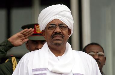مصادر: البشير سيعلن الطوارئ وتخليه عن رئاسة الحزب الحاكم