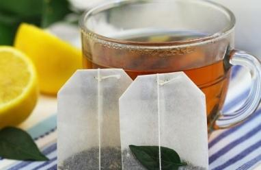 10 استخدامات غير تقليدية لأكياس الشاي المستعملة
