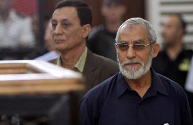 """مصر: المؤبد لمرشد الإخوان بقضية """"اعتصام رابعة"""""""