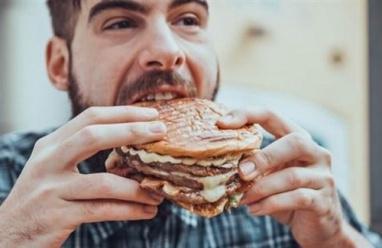 8 أخطاء في التغذية تجعلك بديناً