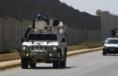 """جنوب لبنان: الاستيلاء على معدات قافلة تابعة لقوات """"يونيفيل"""""""
