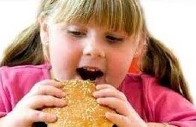 دراسة:لا تحرجوا الأطفال الذين يعانون من السمنة