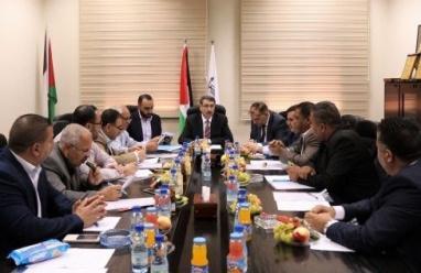 الاتحاد الفلسطيني للهيئات المحلية يشيد بموقف الرئيس في قمة التعاون الإسلامي ويؤكد عدم استقبال بينس