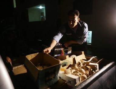 الشرطة تضبط كميات كبيرة من المخدرات والقطع الأثرية في بلدة حزما