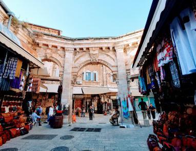 أفتيموس..سوق عمره أكثر من 100 عام في القدس