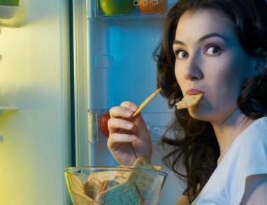 دراسة: سر جديد وراء الشعور بالجوع طوال الوقت