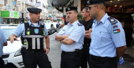 وقف إصدار وتجديد تصاريح استخدام المركبات الإسرائيلية
