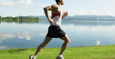 دراسة: المشي السريع يطيل العمر ويمنع الأمراض