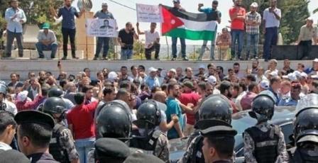 """الأردن: """"إضراب المعلمين"""" يدخل أسبوعه الثالث"""