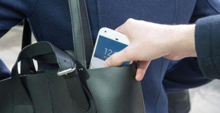 ما الذي يجب عليك فعله إذا فُقِد هاتفك أو سُرِق؟