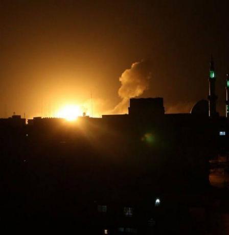 قصف عنيف على مدينة غزة