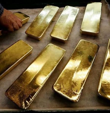 دول عالمية تتخلى عن الدولار لصالح الذهب