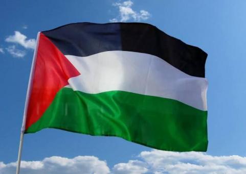 لأول مرة: فلسطيني يفوز بجائزتين من الأكاديمية الأميركية
