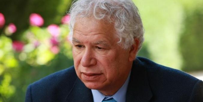 مؤسسة محمود درويش: رحيل الشاعر مريد البرغوثي خسارة للحركة الثقافية