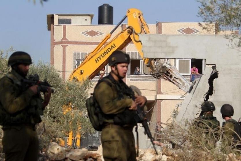 الاحتلال يهدم منزل - أرشيف