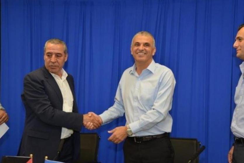 لقاء وزير الشؤون المدنية بوزير المالية الاسرائيلي- ارشيف