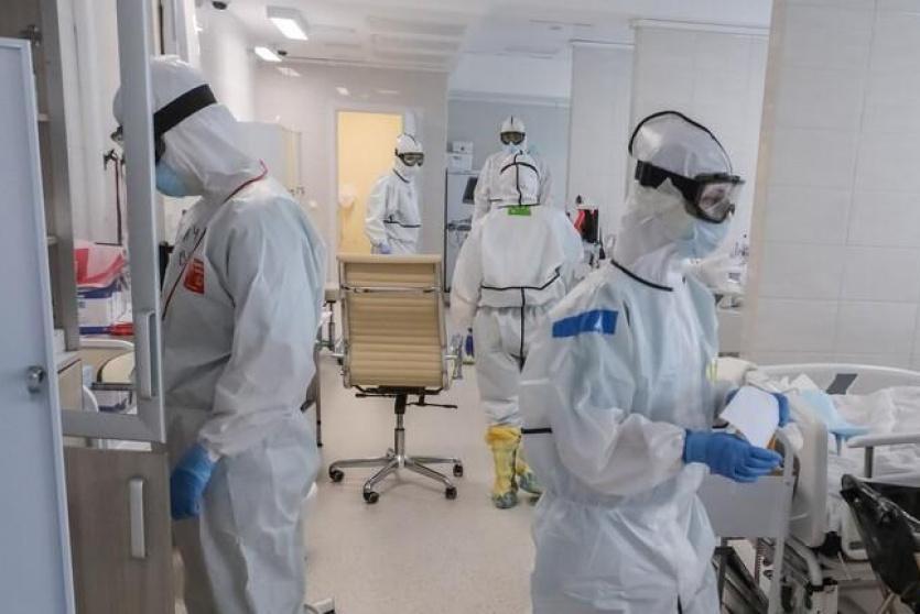 اطباء في مواجهة كورونا