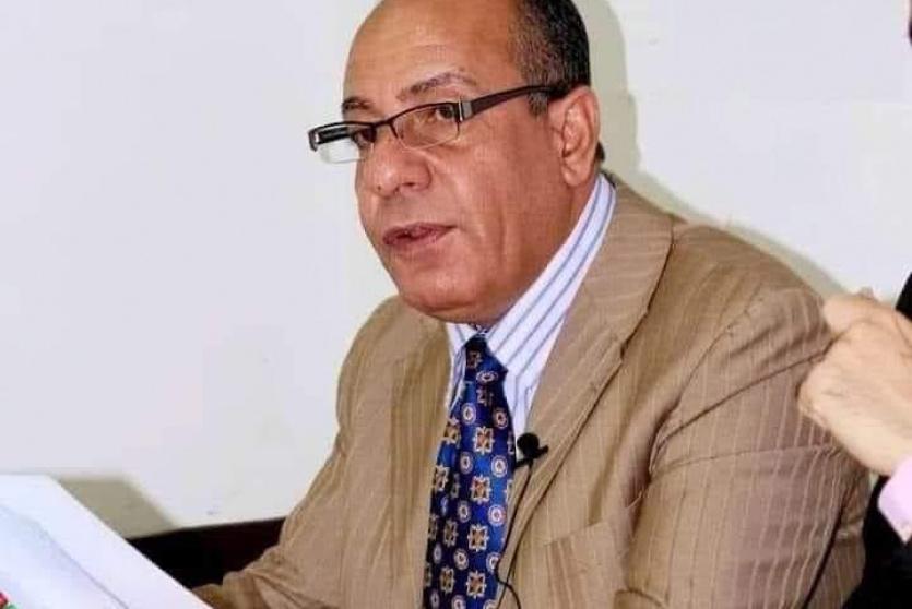 الناقد والكاتب عبد الكريم عليان