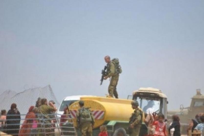 محاصرة منطقة عين الحلوة في الأغوار